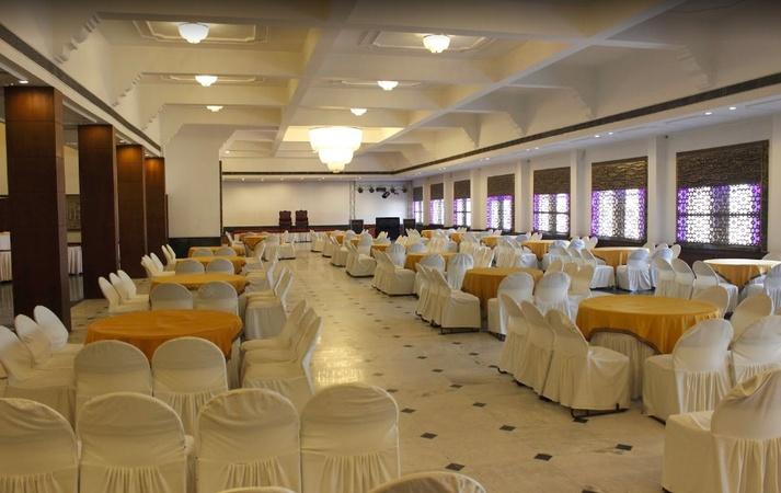 Aveda Kamal Palace Civil Line Jalandhar - Banquet Hall