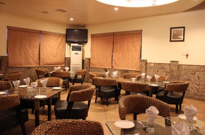 Greenpark Hotel Baner Pune - Banquet Hall