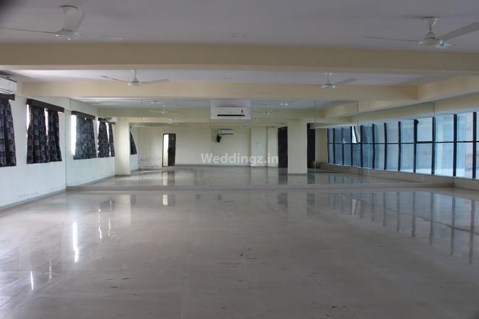 Siddhivinayak Banquets and Rooms Bamroli  Surat - Banquet Hall