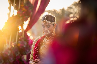 candid bridal photography for the wedding ceremony