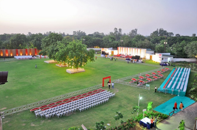 Gulmohar Greens Golf And Country Club Sanand Ahmedabad - Banquet Hall