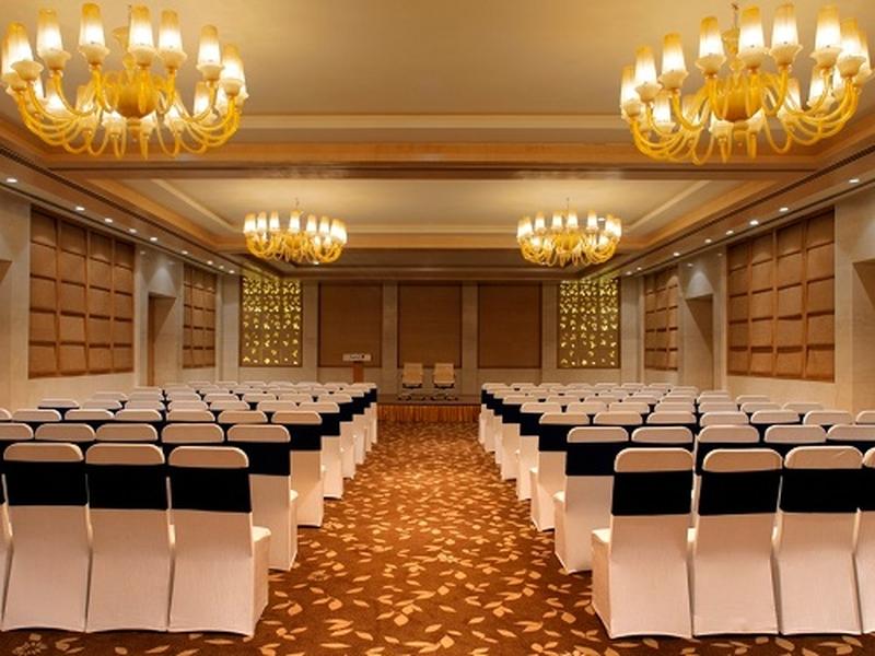 Radisson Blu Dwarka Delhi Banquet Hall 5 Star Wedding