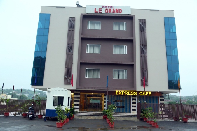 Hotel Vacation Inn Le Grand Pratap Nagar Udaipur - Banquet Hall