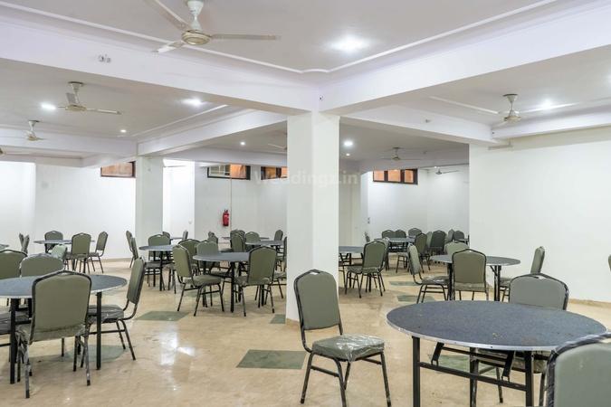OYO Flagship 533 Guru Dronacharya DLF Phase 2 Gurugram - Banquet Hall