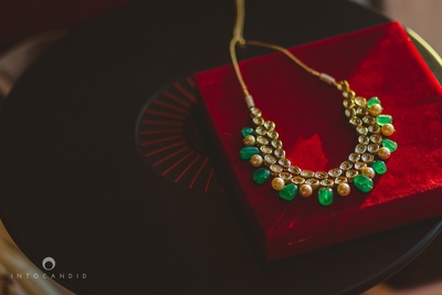 Gold wedding jewellery by Suhana Arts and Jewels, Delhi