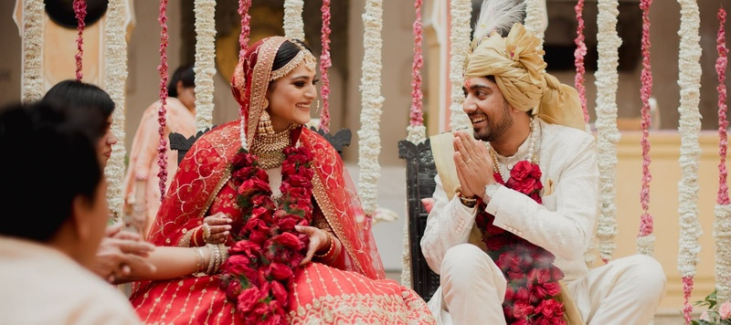 Kamlesh & Swati Jaipur : A palace wedding for this couple decked in designer clothes!