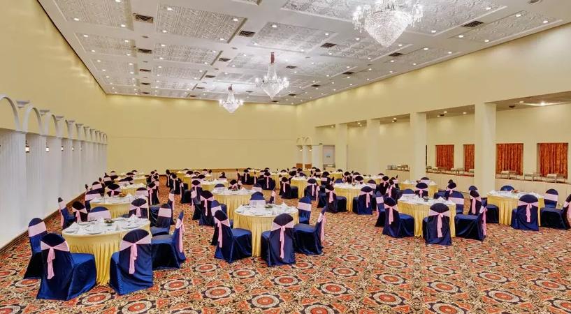 Hotel Ambassador Pallava Egmore Chennai - Banquet Hall