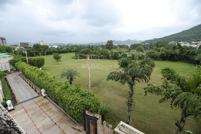 The Gyan Garh Bhuwana Udaipur - Wedding Lawn