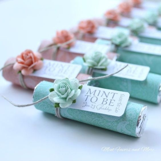4109f11ed6b6a 20 Different And Useful Wedding Favors Your Guests Would Actually ...