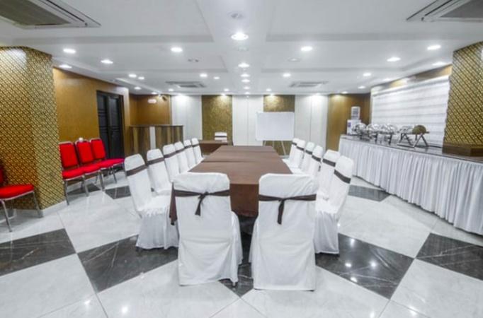 Hotel Vrinda Regency Garchuk Guwahati - Banquet Hall