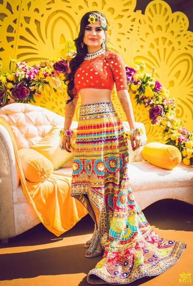 0e2908d8d336 15 Stunning Indo Western Bridal Dresses that will be a major ...