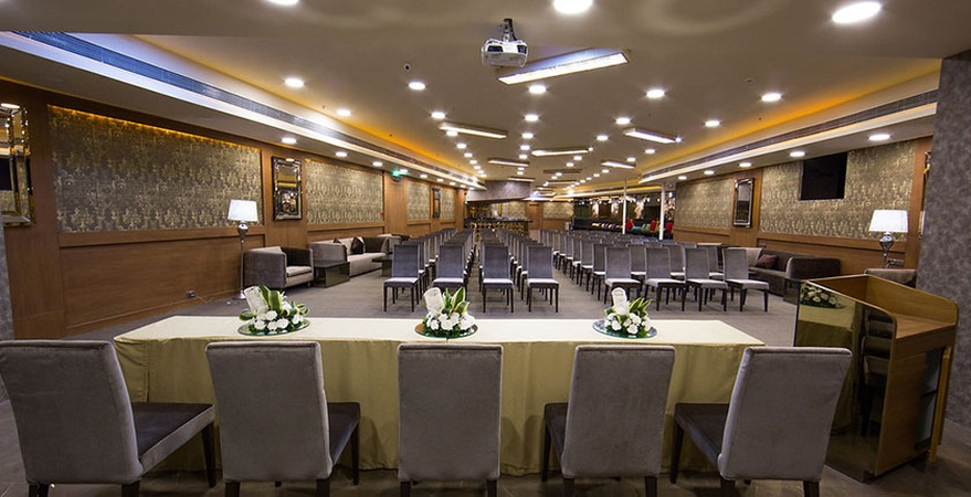 Opus Banquets Yerawada Pune - Banquet Hall