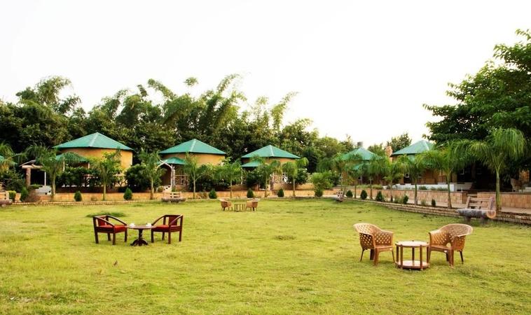 Vrindavan Gopala Resort Bhedaghat Jabalpur - Wedding Lawn