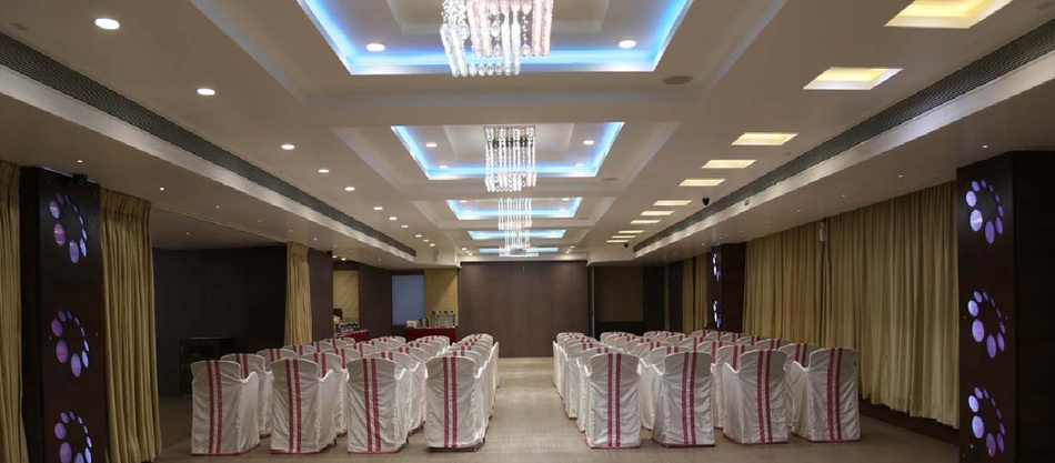 Hotel Page One Vastrapur Ahmedabad - Banquet Hall