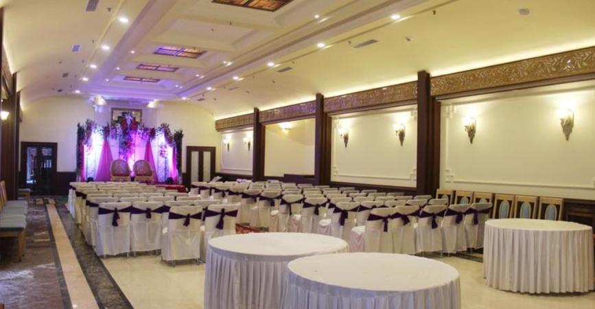 Woodville Palace Hotel Chotta Shimla Shimla - Banquet Hall