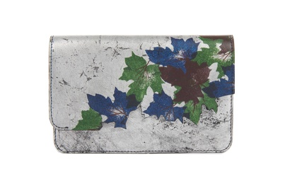 Devina Juneja Autumn Cutwork Green Leaf Clutch In Silver