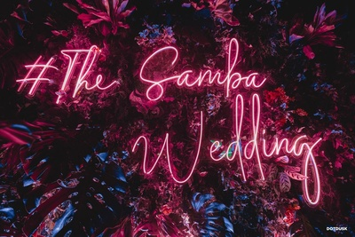 This Gatsby wedding got more famous with the catchy hashtag- 'Samba'!