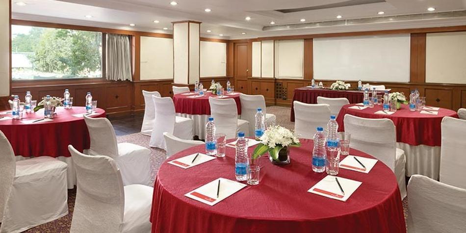 T T Forex Ltd () - No/1, Imperial Court, No, Cunningham Road, Bangalore, Karnataka -
