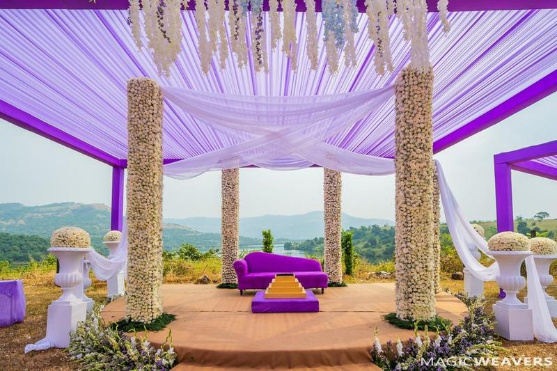 "Popular banquet halls in Pratap Nagar for a Desi Romantic Wedding in full ""josh""."