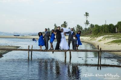 Creative post wedding shoot ideas with the whole entourage