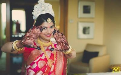 Bridal mehendi photography ideas.