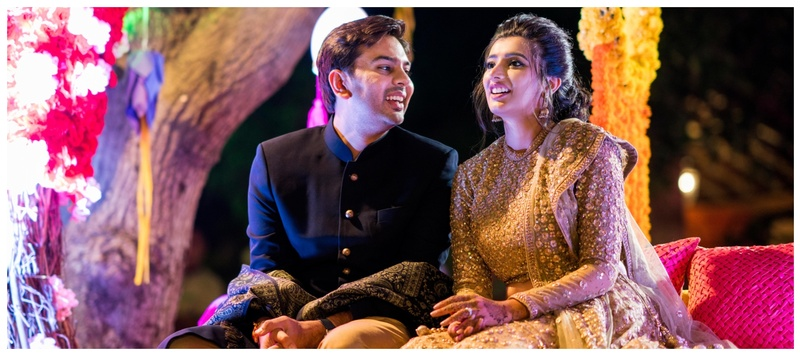 Nikesh & Priyanka Anand : Eloquent outfits and understated decor- this couple got hitched a la mode!