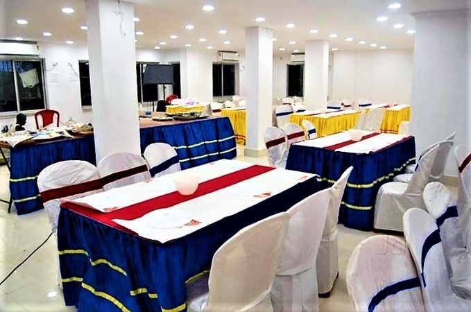 Shree Gopal Banquets Rajarhat Kolkata - Banquet Hall