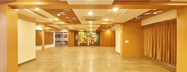 Hotel Isher International, Kudasan, Gandhinagar