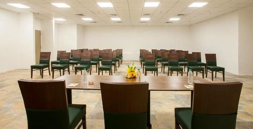 Mango Hotels Airoli Mumbai - Banquet Hall