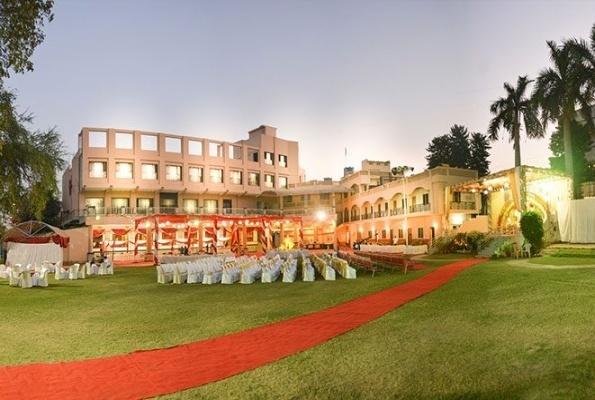 Raj Mahal Banquet and Lawn, Kamptee Road, Nagpur