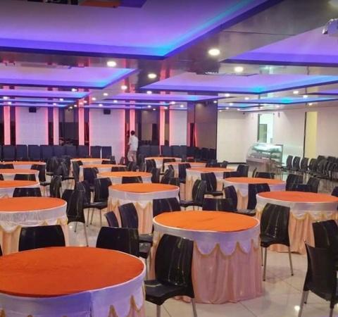 Crysttal Palace Restaurant & Banquet Hall (Mr.Restro) Piplod Surat - Banquet Hall