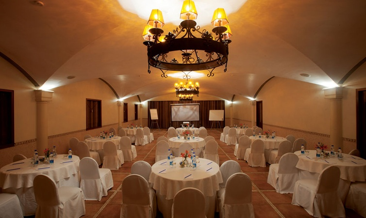 Waterstones Hotel Andheri East Mumbai - Banquet Hall