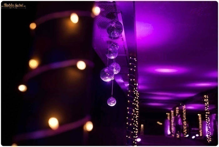 How Lighting Can Affect Your Wedding: Banquet Hall Decoration Ideas That Can Be Borrowed For
