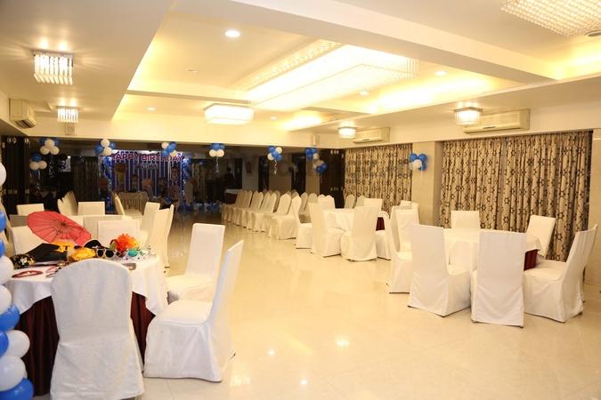 Hotel Silver Inn Andheri East Mumbai - Banquet Hall