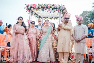 The theme for the wedding was 'Pastel'.