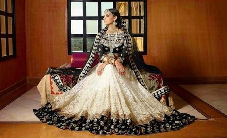 Kalarang Dresses Wedding Wear Jewellery Rental In Mumbai