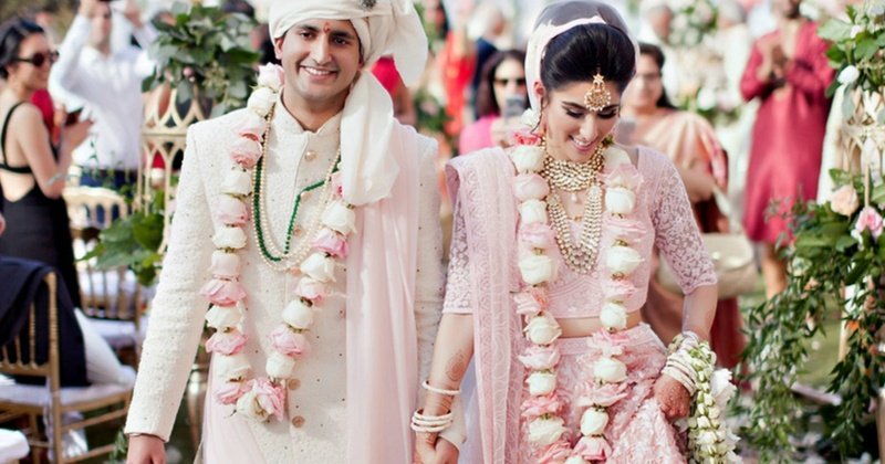 The most Stunning & Beautiful Jaimalas we spotted at Real Weddings!