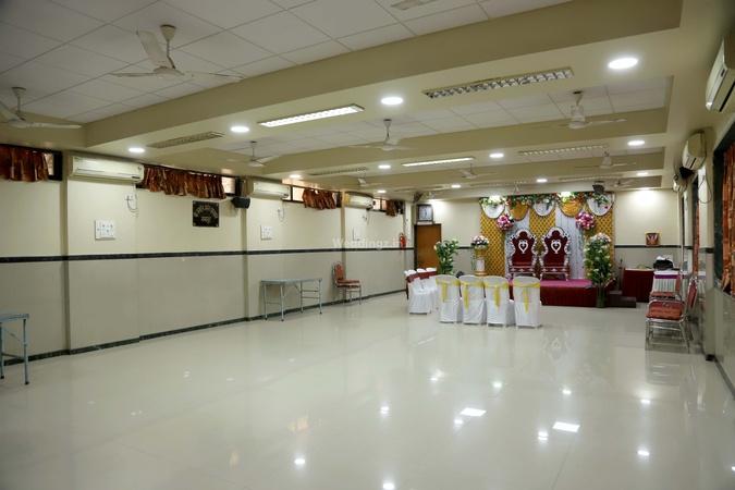 Utkarsha Mandal Hall Vile Parle East Mumbai - Banquet Hall