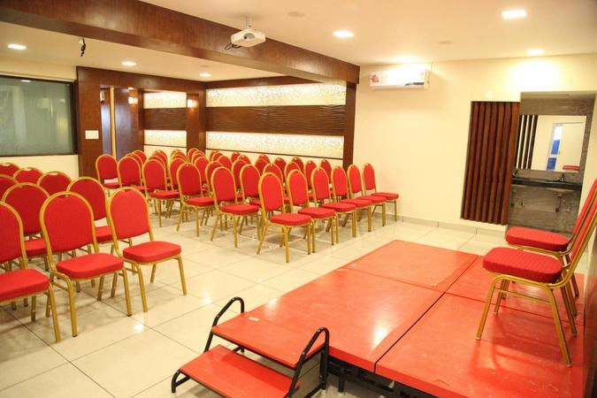De Castle Inn Porur Chennai - Banquet Hall