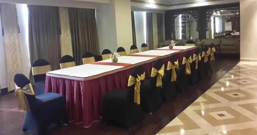Oakwood Premiere Prestige Ashok Nagar Bangalore - Banquet Hall