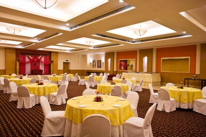 Lemon Tree Hotel Kaushambi Ghaziabad - Banquet Hall