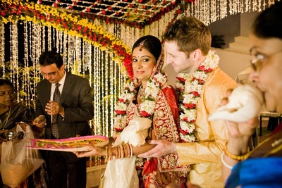 Ross admired admired Sushmita all throughout, also performing the ceremonies religiously