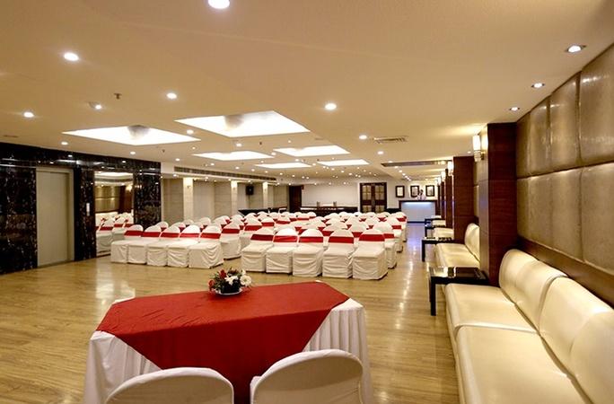 Hotel Sapphire Zirakpur Chandigarh - Banquet Hall