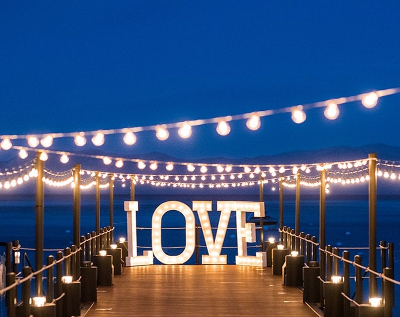 Creative Lighting Ideas to Brighten Up Your Wedding Venue!