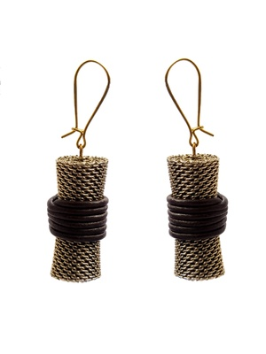 Metallic earrings with brown leather cord