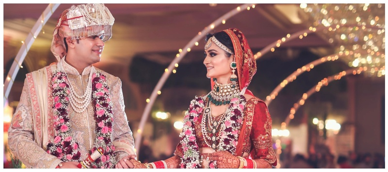 Nikhil & Shikha Delhi : Shikha and Nikhil's majestic wedding at Hotel Seven Seas is what fairytales are made of!