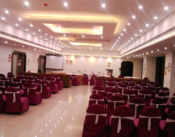 Hotel Shelter Charbagh Lucknow - Banquet Hall