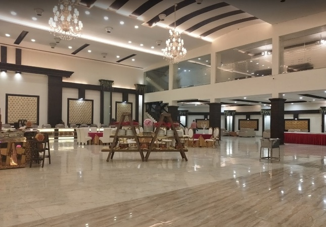 GK Resort Zirakpur Chandigarh - Banquet Hall