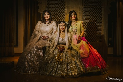bride with her bridesmaids on the wedding day