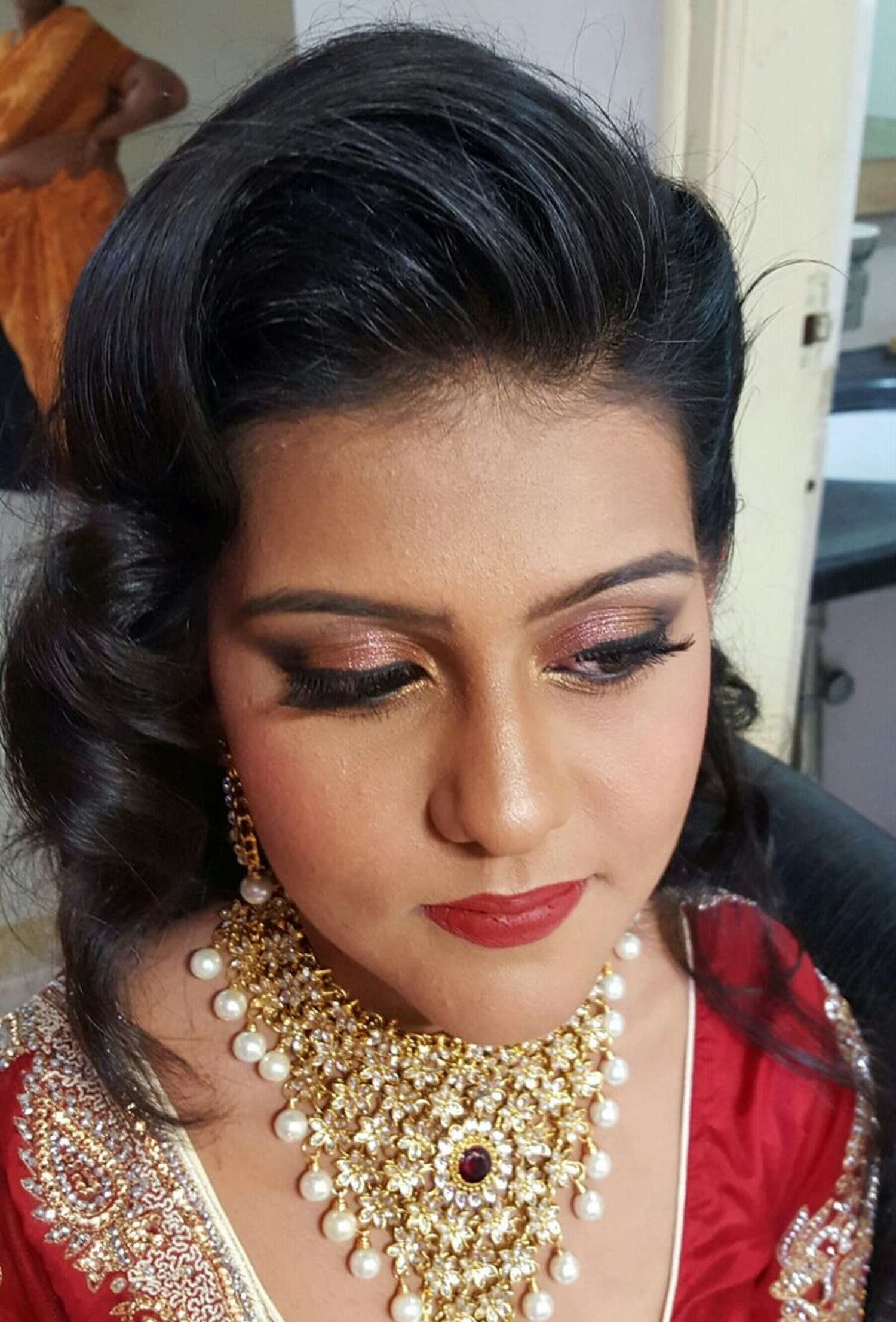 Anu Chugh Bridal Makeup Artist In Bangalore | WeddingZ